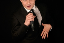 Cantante Anthony by F2G